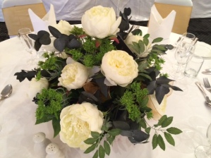 Peony Posy Bowl in White