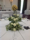 Fresh flower bouquet and centrepieces 4